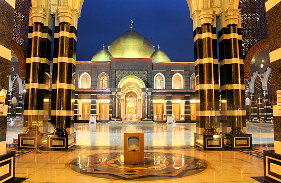 masjid-kubah-mas